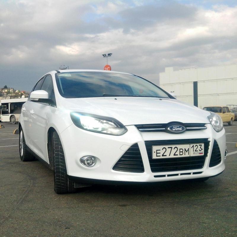 Ford Focus с водителем